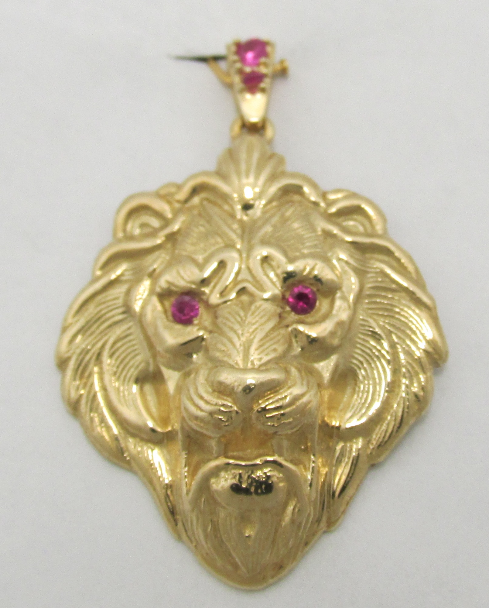 14k solid yellow gold lion head with ruby eyes and bale pendant 14k solid yellow gold lion head with ruby eyes and bale pendant 727 grams gold aloadofball Choice Image