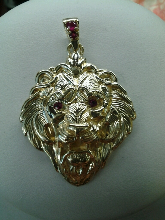 14k yellow gold lion head with ruby eyes and bale pendant 14k yellow gold lion head with ruby eyes and bale pendant aloadofball Choice Image