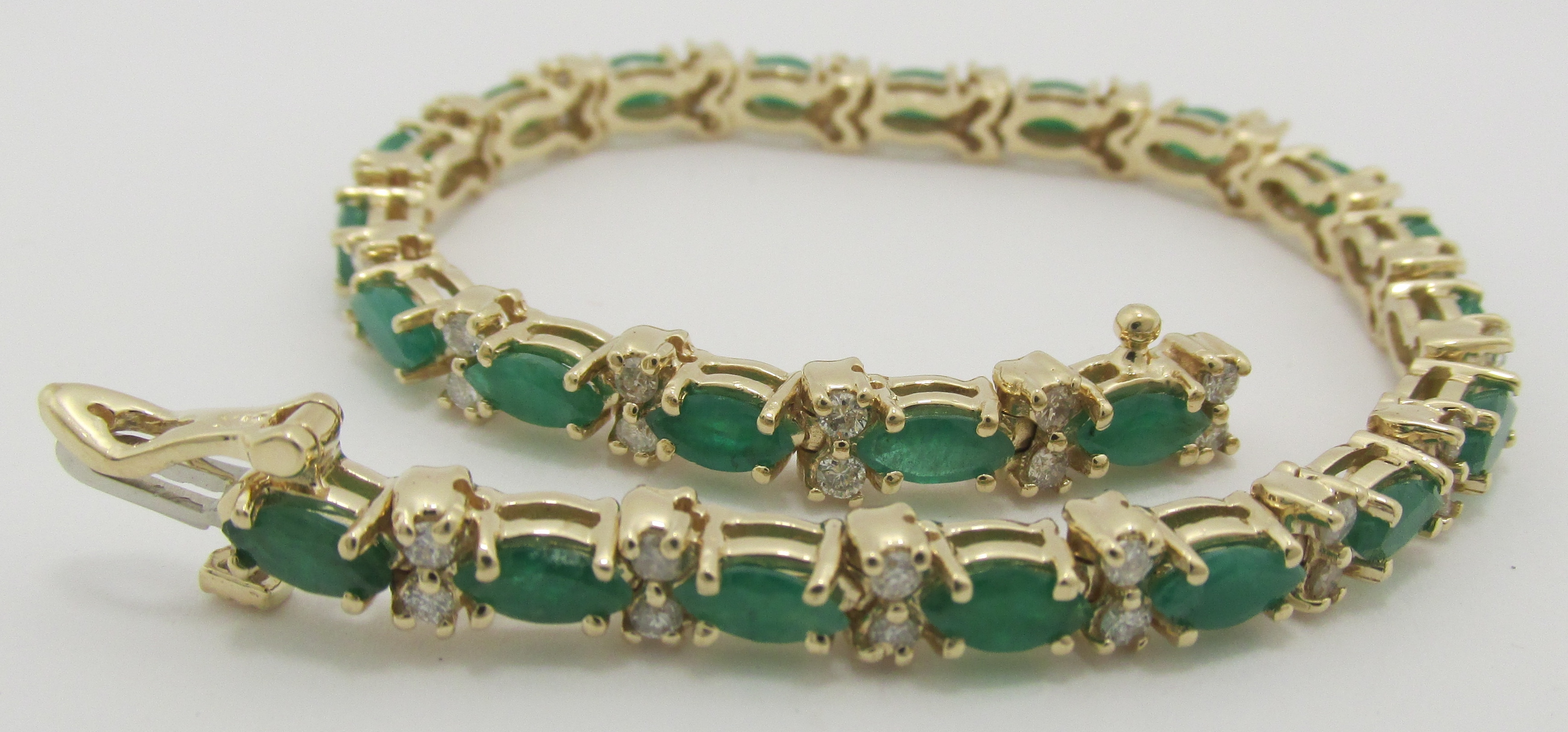 14k Solid Gold Genuine Emerald And Diamond Tennis Bracelet